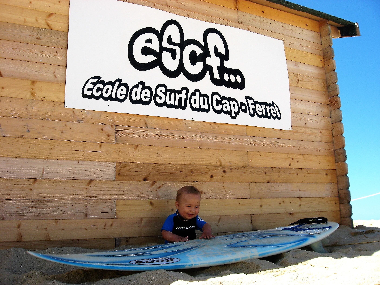 bébé baby surfeur au cap ferret